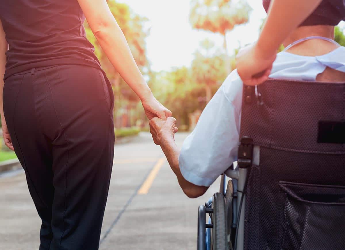 Burden del caregiver - Cos'è e come affrontarlo secondo l'ACT